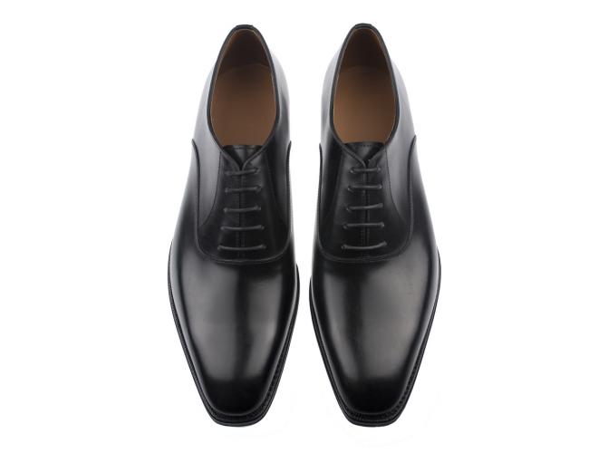 Oxford shoes: Plain toe black oxfords